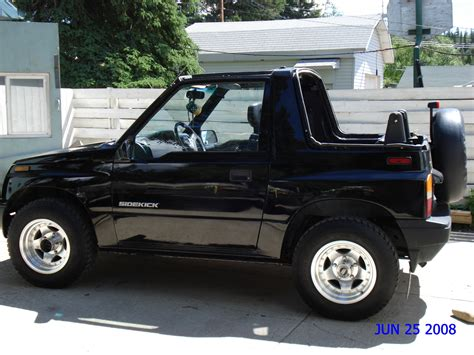 Buy Suzuki Sidekick Suzuki Sidekick Picture 14 Reviews News Specs Buy Car