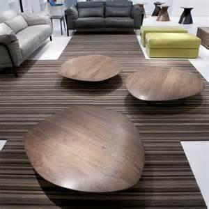 la table basse galet un meuble extraordinaire et de l