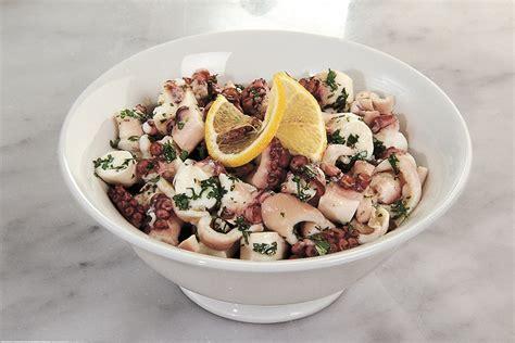polpo in cucina ricetta insalata di polpo la cucina italiana