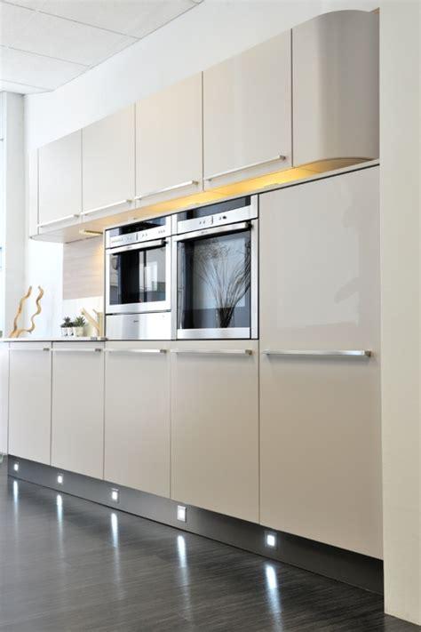 vente cuisine exposition avb cuisines etude conception et r 233 alisation des