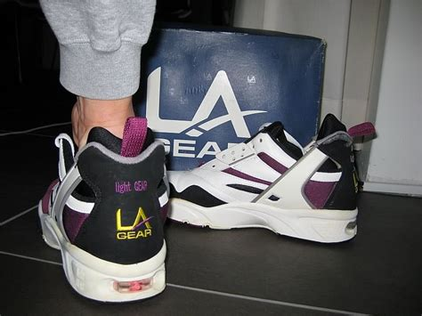 la light up shoes la gear light up shoes 90s style guru fashion glitz