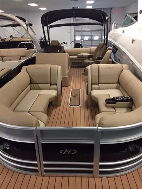 bentley pontoon boats for sale in sc pontoon new and used boats for sale in south carolina