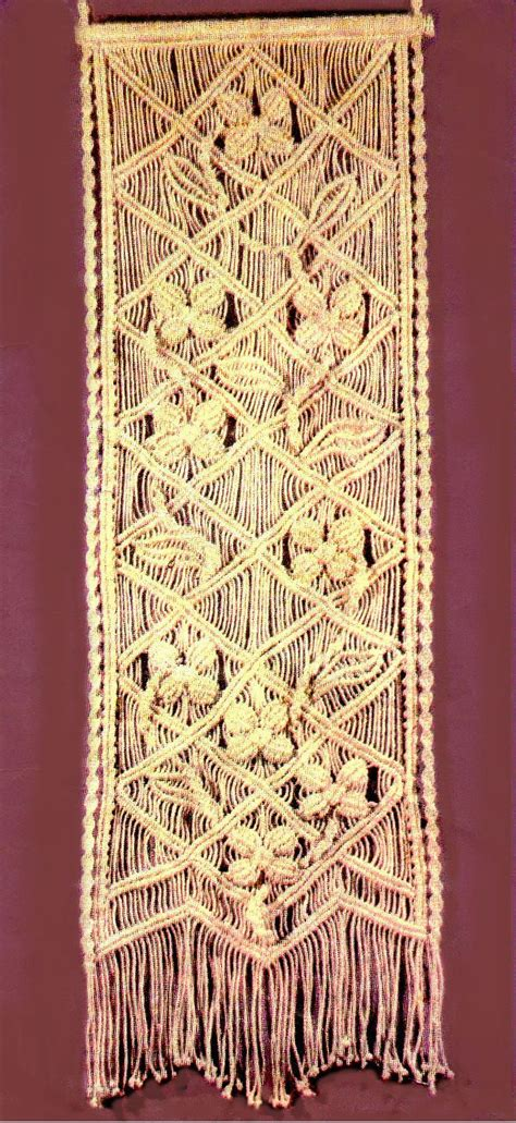 Macrame Wall Hanging Tutorial - 25 best ideas about macrame tutorial on