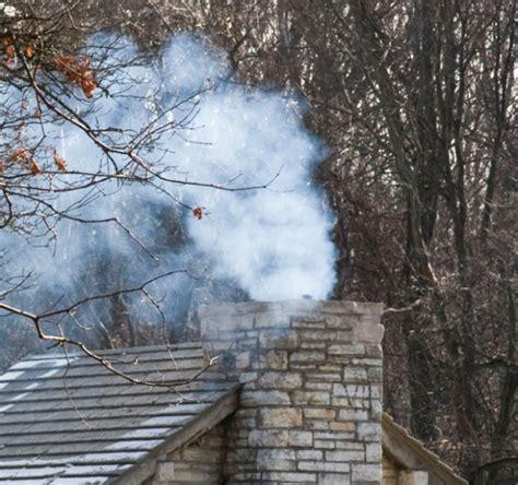 Fireplace Smoke by Chimneys Fireplaces Part 4 Smokes On Windy Days