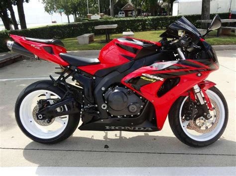 2006 honda cbr buy 2006 honda cbr1000rr cbr1000rr sportbike on 2040 motos