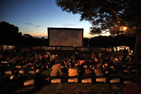 Melbourne Botanical Gardens Cinema Outdoor Cinema Botanical Gardens Melbourne Pin By Donna On Australia Well Mostly Moonlight