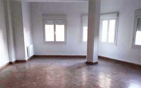 alquilar piso valencia pisos de alquiler en valencia por menos de 600 euros