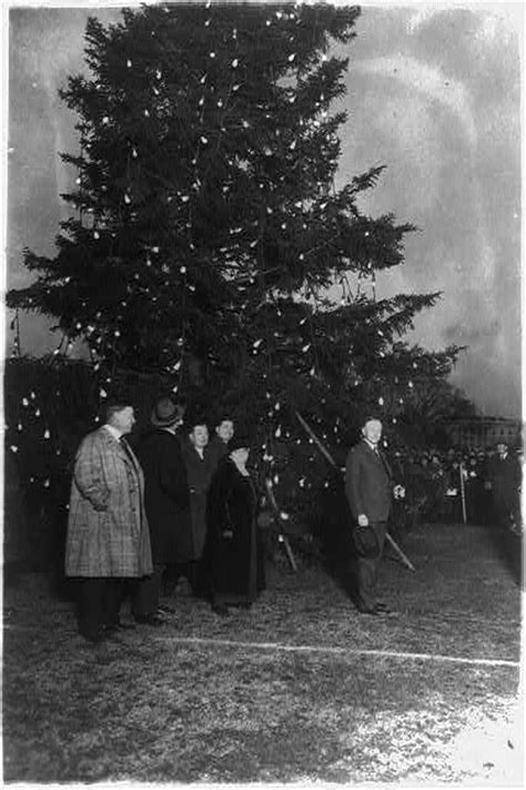 National Christmas Tree 2016 History Behind The Ceremony Tree Lights History