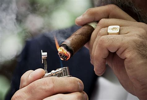 How To Light Cigar by The Complete Guide To Cigars Cool Material