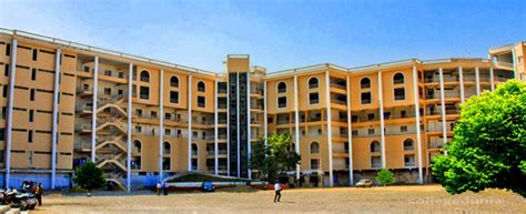 Pharma Mba Colleges In Hyderabad Distance by Deccan School Of Pharmacy Dsop Hyderabad Courses