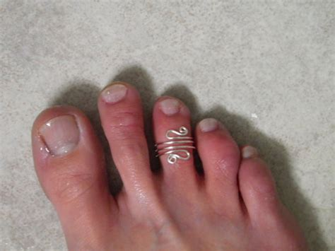 Handmade Toe Rings - toe ring waves handmade silver toe ring by