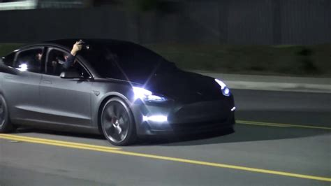 tesla blasts consumer reports model 3 reliability