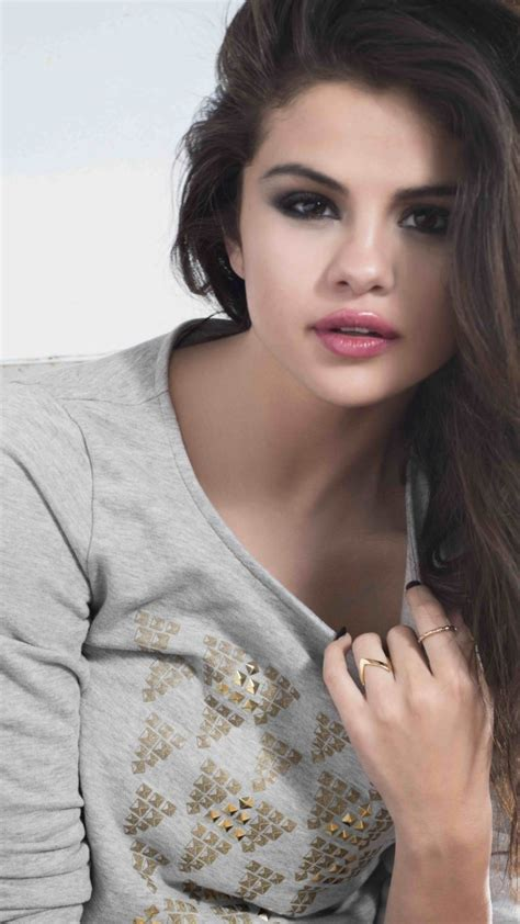 wallpaper girl for phone girl wallpapers for phones in hd quality download