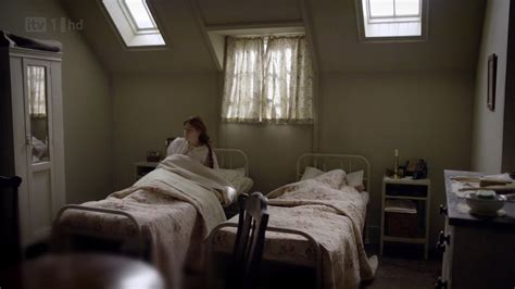 female bedroom anna and gwen s bedroom downton abbey wiki fandom
