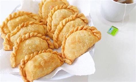 Pastel Abon Mini Snack resep camilan natal pastel abon renyah smartmama