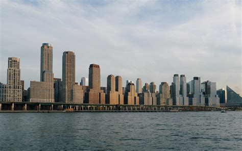 boat ride in new york city the perfect manhattan cruise a scenic boat ride in nyc