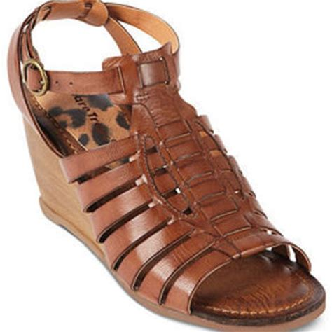 bare traps shoes ivania wedge sandals from macys shoes