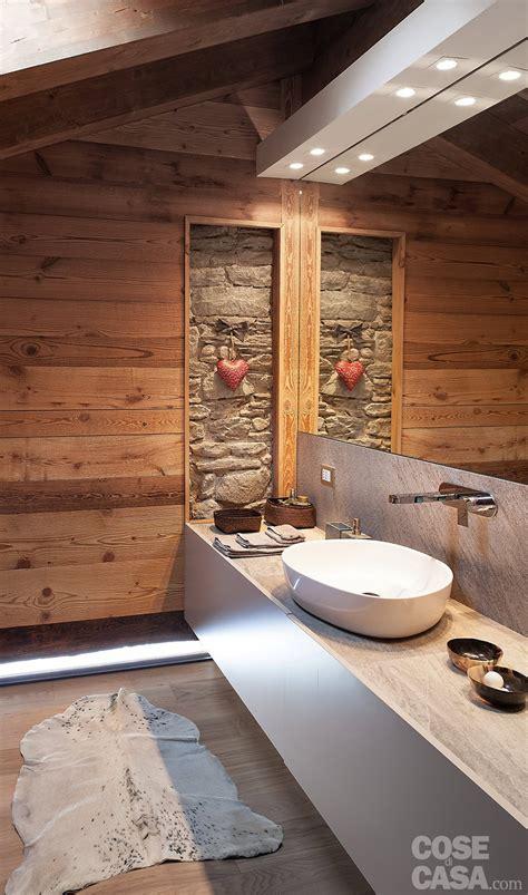 casa bagno chalet moderno una casa di montagna in stile rustico