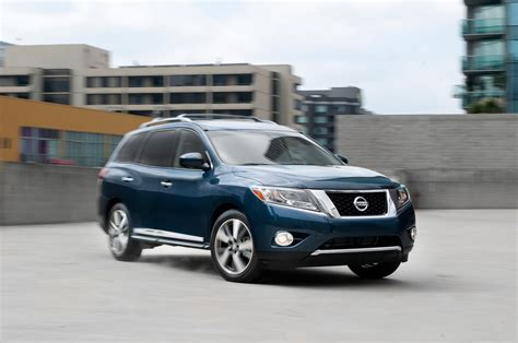 nissan pathfinder platinum 2013 nissan pathfinder platinum front three quarter photo 12