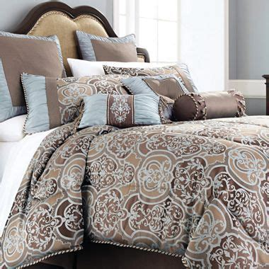 bedroom set canterbury jcpenney furniture shopping chris madden 174 7 pc laredo comforter set accessories