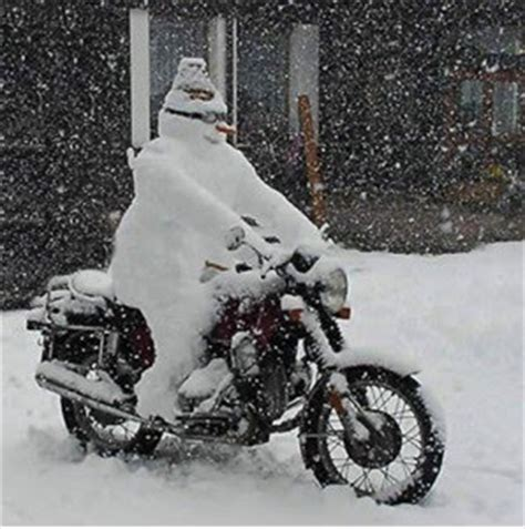 Motorrad Fahren Bei Schnee by Moped Motorrad Im Winter Fahren Motorrad Moped