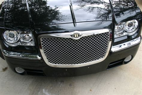 bentley vs chrysler logo chrysler 300 chrome bentley mesh grille w bentley b