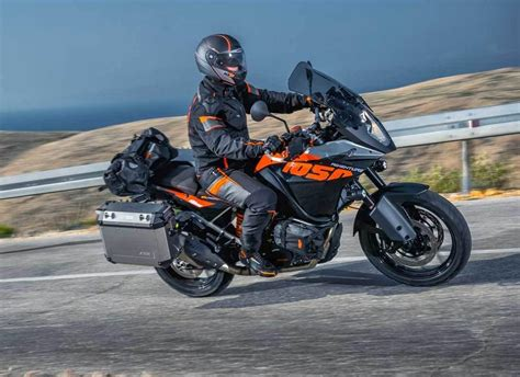 Ktm Johor Ktm Malaysia Launches The 1050 Adventure Drive Safe And Fast