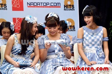 Photopack Jkt48 Beby Gingham Check foto jkt48 gelar showcase gingham check foto 18 dari