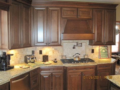 chocolate glaze kitchen cabinets chocolate glaze kitchen cabinets homecrack