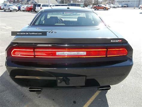 Challenger Door by 2010 Dodge Challenger Srt8 Coupe 2 Door 6 1l