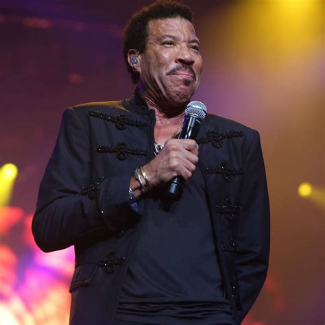Awesome Ceiling Fans Hello Lionel Richie Announces 2016 Uk Arena Shows