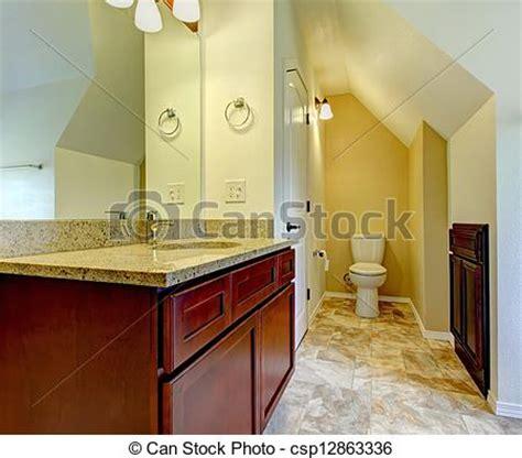 kundenspezifische badezimmer eitelkeiten und kabinette stock fotos badezimmer kabinette holz neu toilette