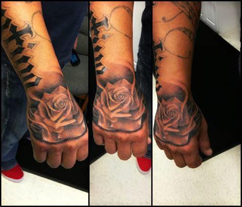 tattoos de rosas rosa tattoos
