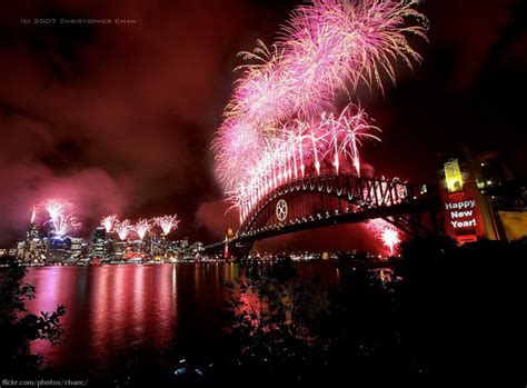 where to celebrate new years 2015 colorful fireworks