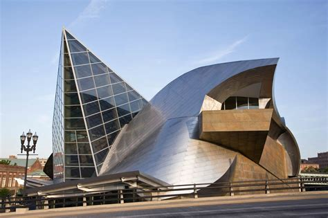 taubman museum  art lime design