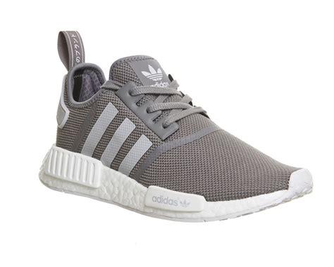 Sepatu Adidas Nmd Runner Original Premium Grey tenis adidas para hombre tenis adidas grises adidas nmd runner grises