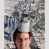 tom-cruise-on-top-of-dubai-tower