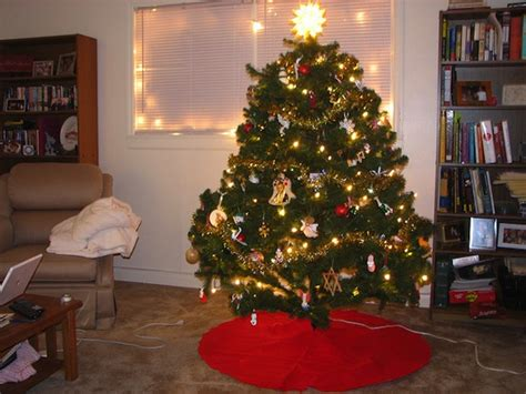 what to use instead of a christmas tree use your tree for mulch after is done