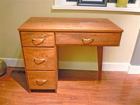 Small Wood Desk With Drawers Furniture Corner Black Wooden Small Desks With Drawers And Storage Also Rack Steel