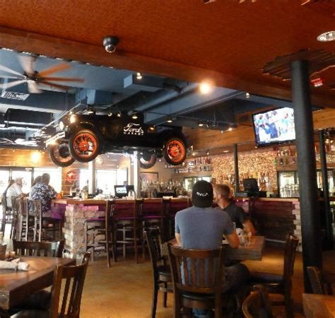 Ford Garage Restaurant by Tasty Burger Picture Of Ford S Garage Fort Myers
