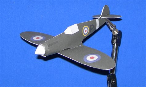 How To Make A Paper Spitfire - the paper airplane museum