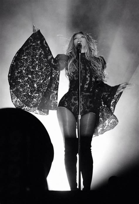 jay z beyonce black rage over whiteout at tidal 939 best beyonc 233 jay z on the run tour 2014 images on