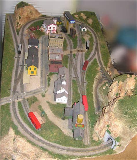 layout artist pay scale model railroading in 4 x 8 feet