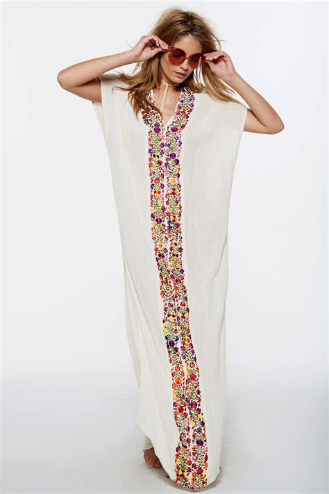 Meida Kaftan by Tropicale Captivate Kaftan From Jen S Pirate N E W