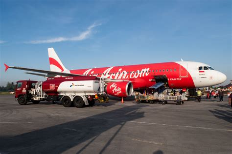 airasia big indonesia flight report indonesia airasia a320 from jakarta cgk to