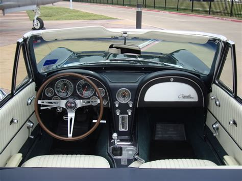 1964 Corvette Interior by 1964 Chevrolet Corvette Pictures Cargurus
