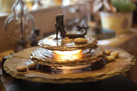 zimmerbrunnen mit beleuchtung zimmerbrunnen kasumi mit nixe feng shui schieferbrunnen