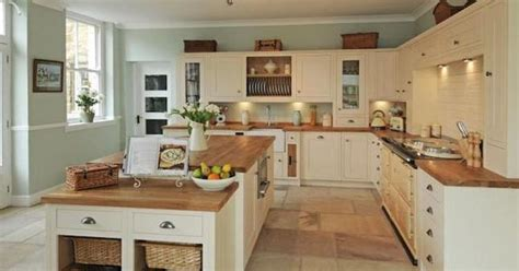 country kitchen cabinets for sale the perfect country kitchen gt see more pics of the house