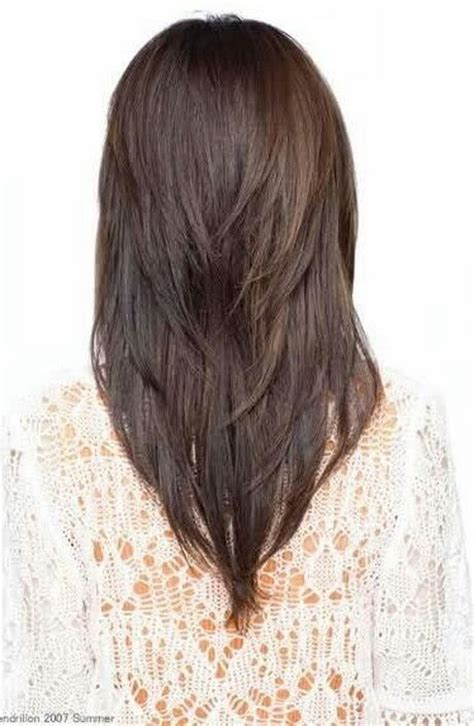 pictures of v shaped hairstyles 25 best ideas about v shaped layers on pinterest v