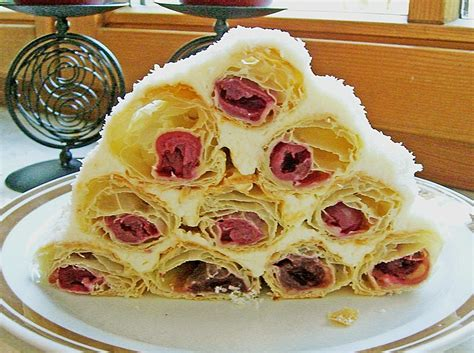 blätterteig kuchen rezepte bl 228 tterteig kirsch pyramide meiling chefkoch de